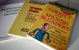 3 Spanish grammar books that don't suck