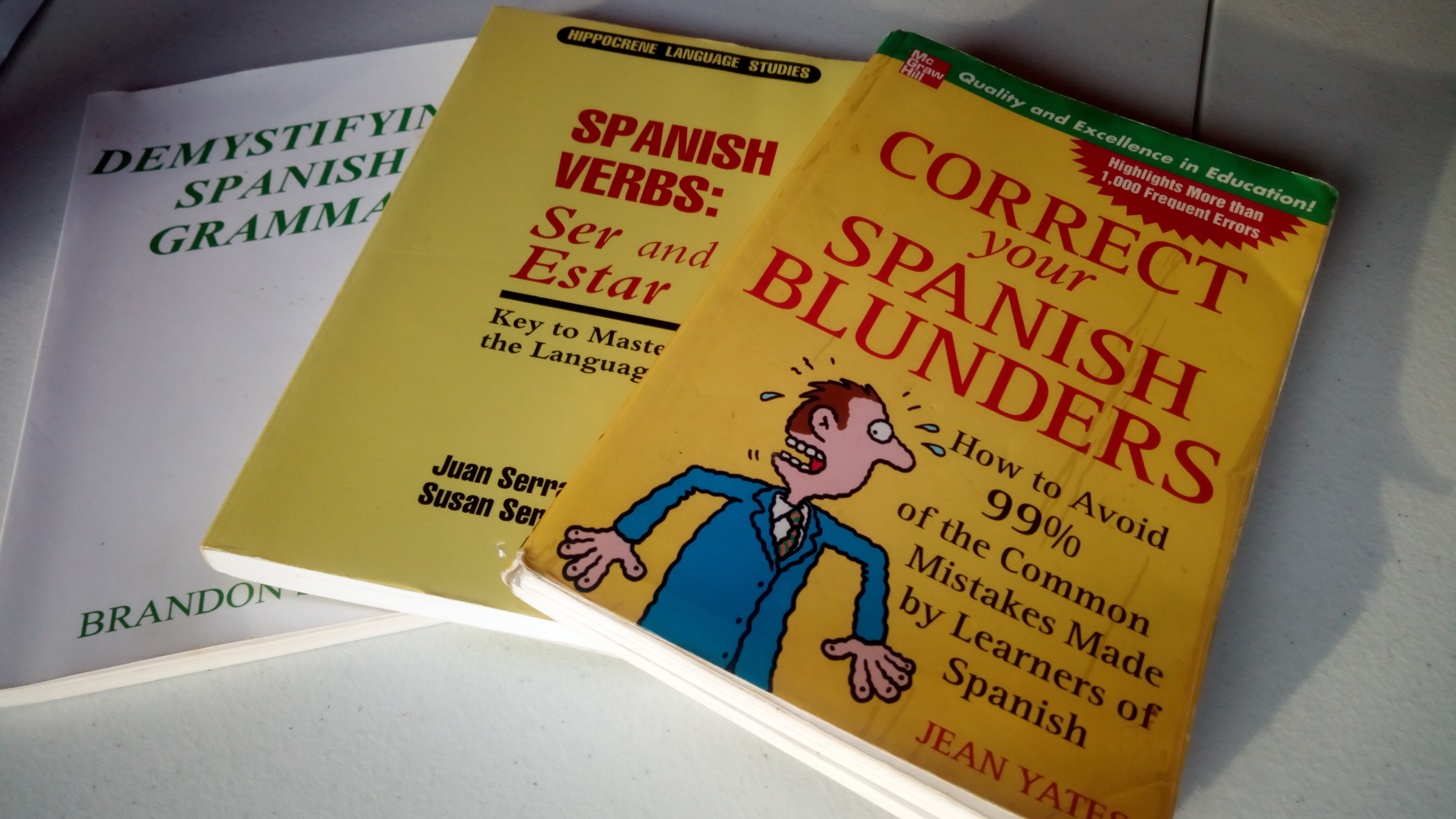 3 Spanish grammar books that don't suck | Helping You Learn